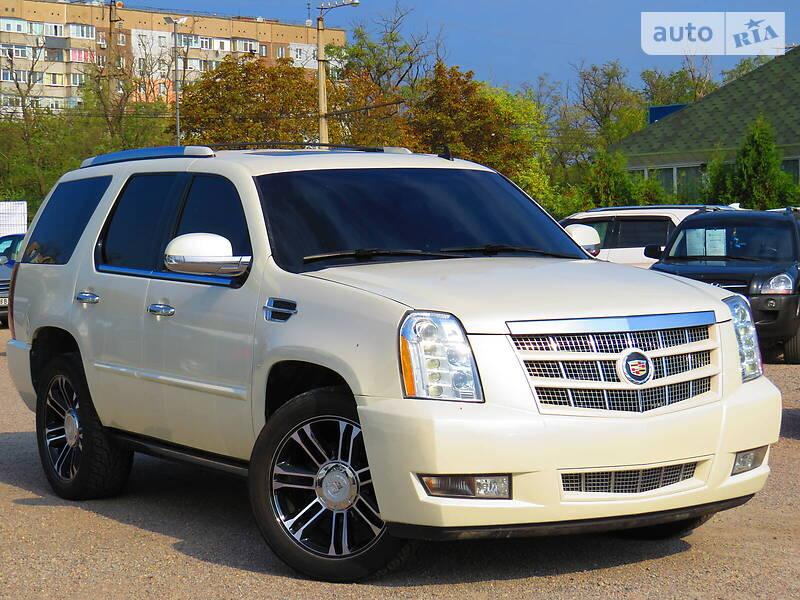Cadillac Escalade 2013 в Кропивницком