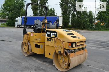 Caterpillar CB 2011 в Киеве