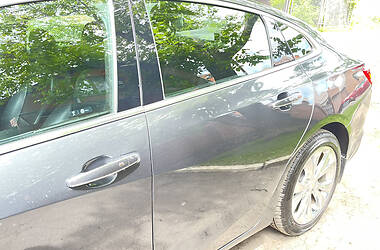 Седан Chevrolet Malibu 2017 в Харькове