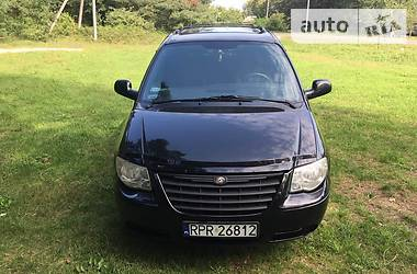 Chrysler Grand Voyager 2004 в Яворове