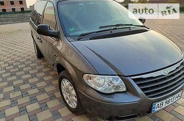Chrysler Grand Voyager 2004 в Гайсине