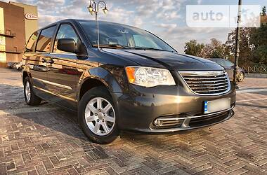 Chrysler Town & Country 2012 в Харькове