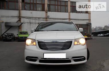 Chrysler Town & Country 2011 в Киеве