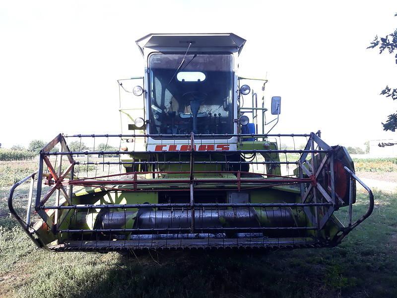 Комбайн зернозбиральний Claas Dominator 48 1984 в Глобиному