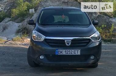 Dacia Lodgy 2015 в Ровно