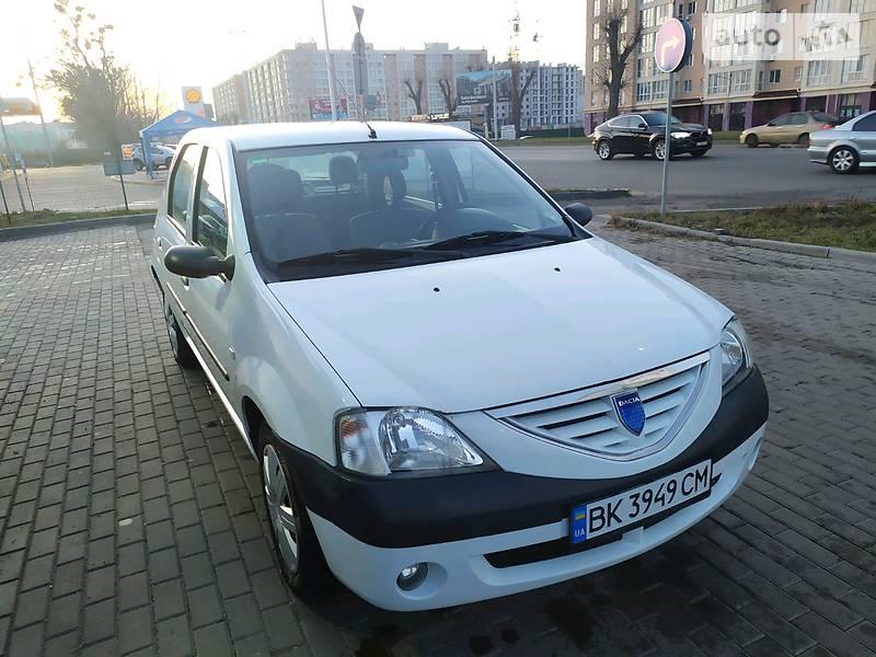 Dacia Logan 2008 в Киеве