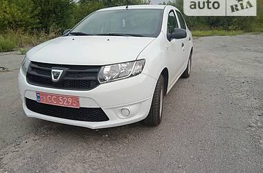 Седан Dacia Logan 2014 в Ромнах
