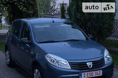 Хэтчбек Dacia Sandero 2009 в Збараже