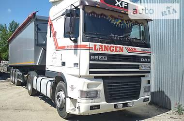 DAF XF 95 2000 в Млинове