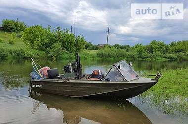 Лодка Днепр 1 2008 в Ровно