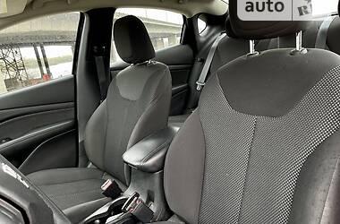 Седан Dodge Dart 2014 в Днепре