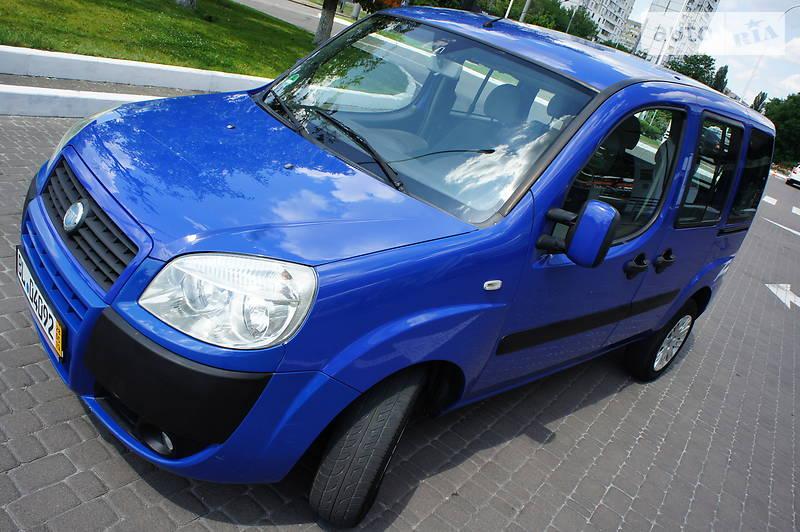 Fiat Doblo пасс. 2005 року в Києві