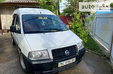 Легковой фургон (до 1,5 т) Fiat Scudo груз.-пасс. 2004 в Николаеве