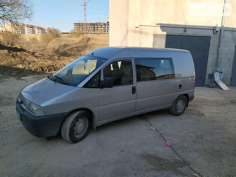 Мінівен Fiat Scudo пасс. 2001 в Тернополі