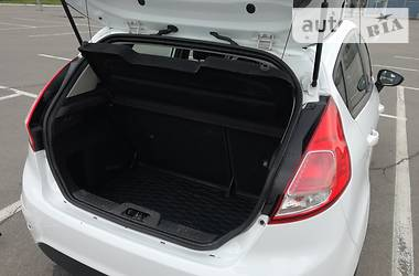 Хэтчбек Ford Fiesta 2017 в Днепре