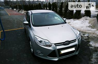Ford Focus TRAND SPORT 1.0 EcoBoost 2013