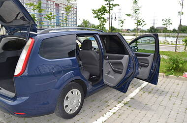 Универсал Ford Focus 2010 в Ивано-Франковске