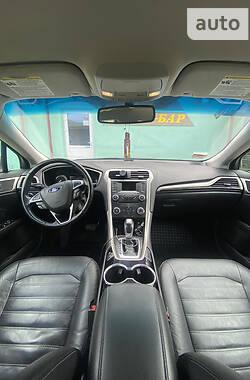 Седан Ford Fusion 2014 в Яремчі