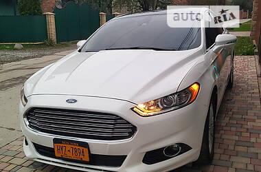 Седан Ford Fusion 2014 в Чорткове
