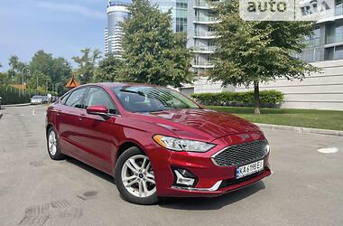 Седан Ford Fusion 2018 в Киеве