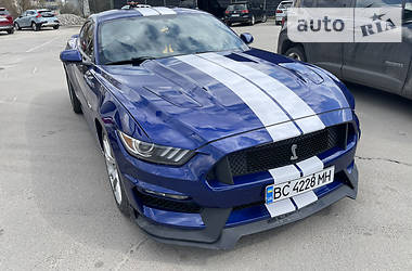 Купе Ford Mustang GT 2015 в Львове