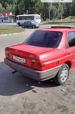 Седан Ford Orion 1991 в Гадячі
