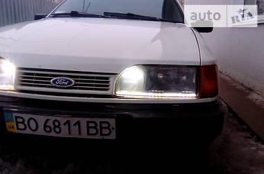 Ford Sierra 1988 в Гусятине