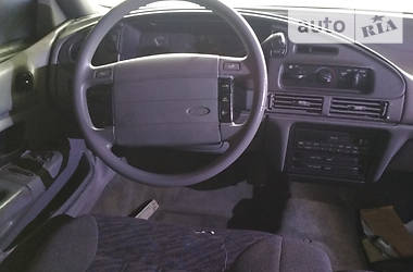 Ford Taurus 1992 в Сумах