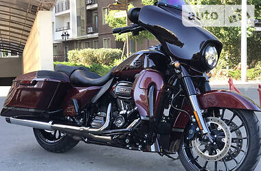 Harley-Davidson CVO Street Glide 2019 в Одессе