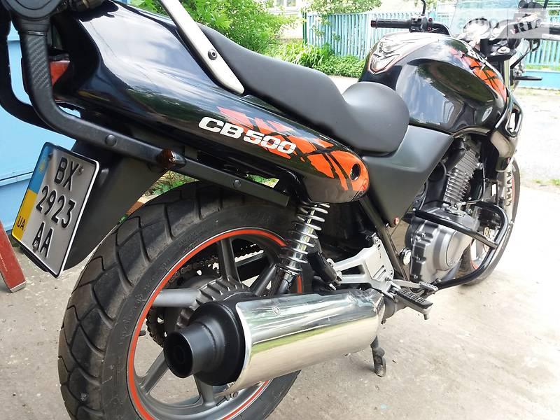 Honda CB 1995 в Староконстантинове