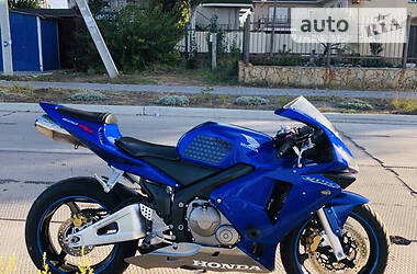 Honda CBR 600RR 2004 в Бердянске