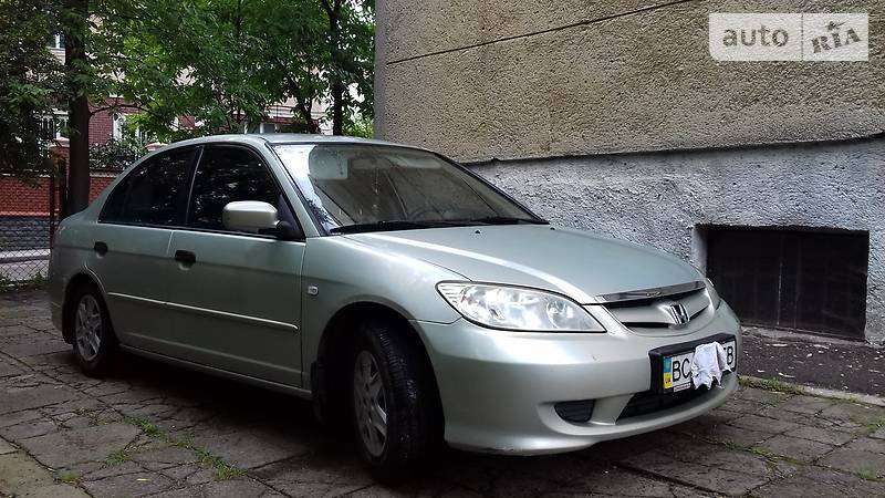 Honda Civic 2004 года в Львове