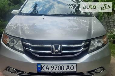 Минивэн Honda Odyssey 2015 в Киеве