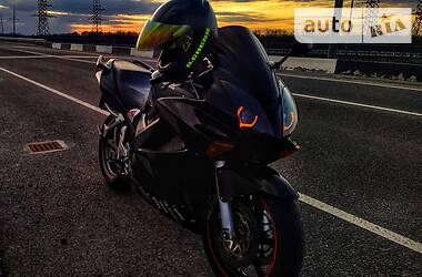Мотоцикл Спорт-туризм Honda VFR 800 2002 в Кривом Роге