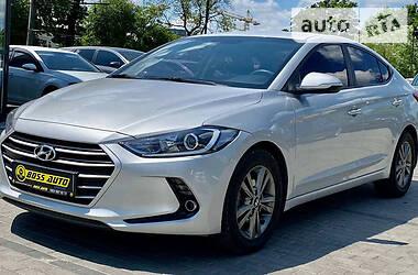 Седан Hyundai Avante 2015 в Львове