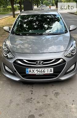 Хэтчбек Hyundai Elantra 2012 в Харькове
