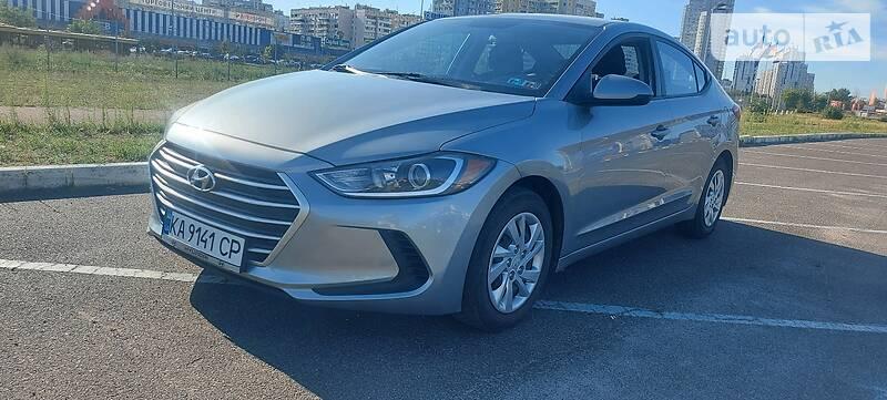 Седан Hyundai Elantra 2016 в Киеве