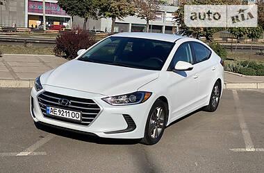 Седан Hyundai Elantra 2017 в Кривому Розі