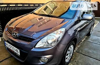 Hyundai i20 2011 в Хусте