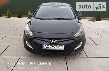 Hyundai i30 2013 в Хусте