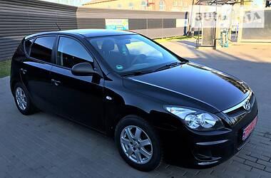 Хэтчбек Hyundai i30 2009 в Миргороде