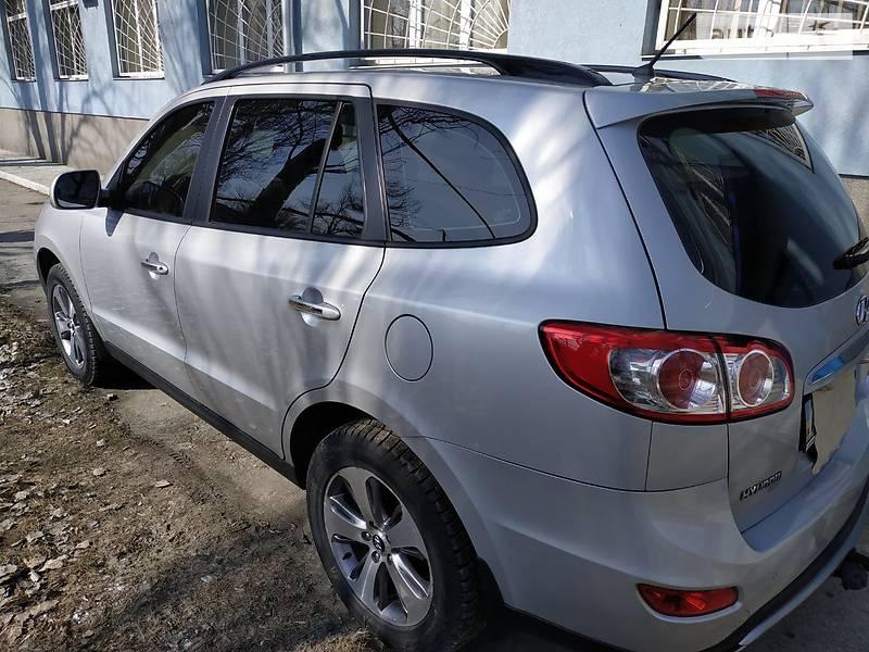 Позашляховик / Кросовер Hyundai Santa FE 2012 в Слов'янську
