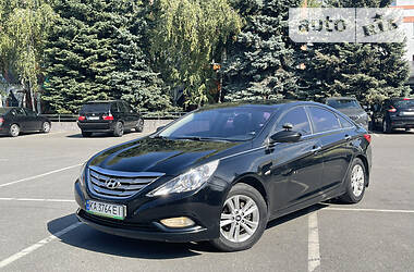 Седан Hyundai Sonata 2010 в Киеве