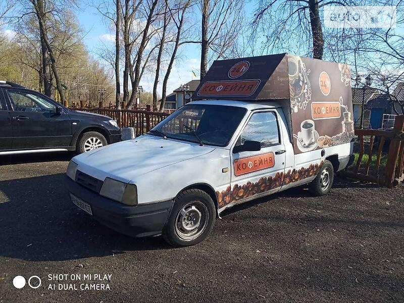 Легковий фургон (до 1,5т) ИЖ 2717 (Ода) 2003 в Києві