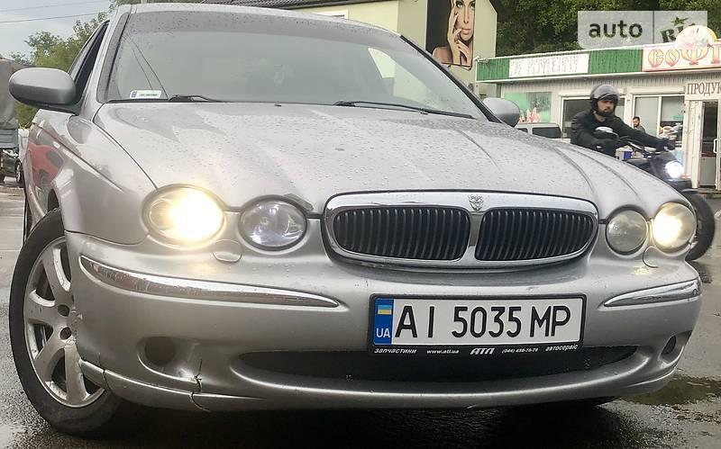 Jaguar X-Type 2001 року в Києві