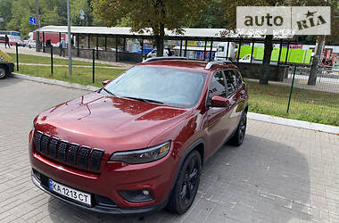 Внедорожник / Кроссовер Jeep Cherokee 2018 в Киеве
