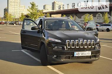 Внедорожник / Кроссовер Jeep Cherokee 2015 в Киеве