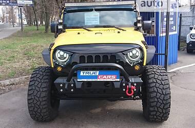 Позашляховик / Кросовер Jeep Wrangler 2015 в Києві