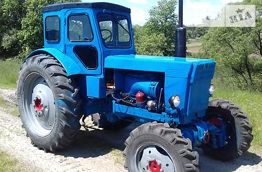 Трактор сельскохозяйственный ХТЗ Т-40АМ 1988 в Новограде-Волынском