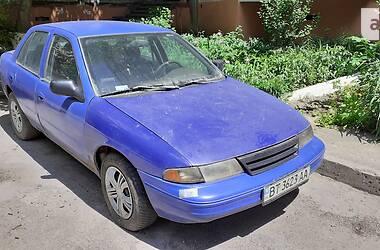 Седан Kia Sephia 1993 в Херсоне